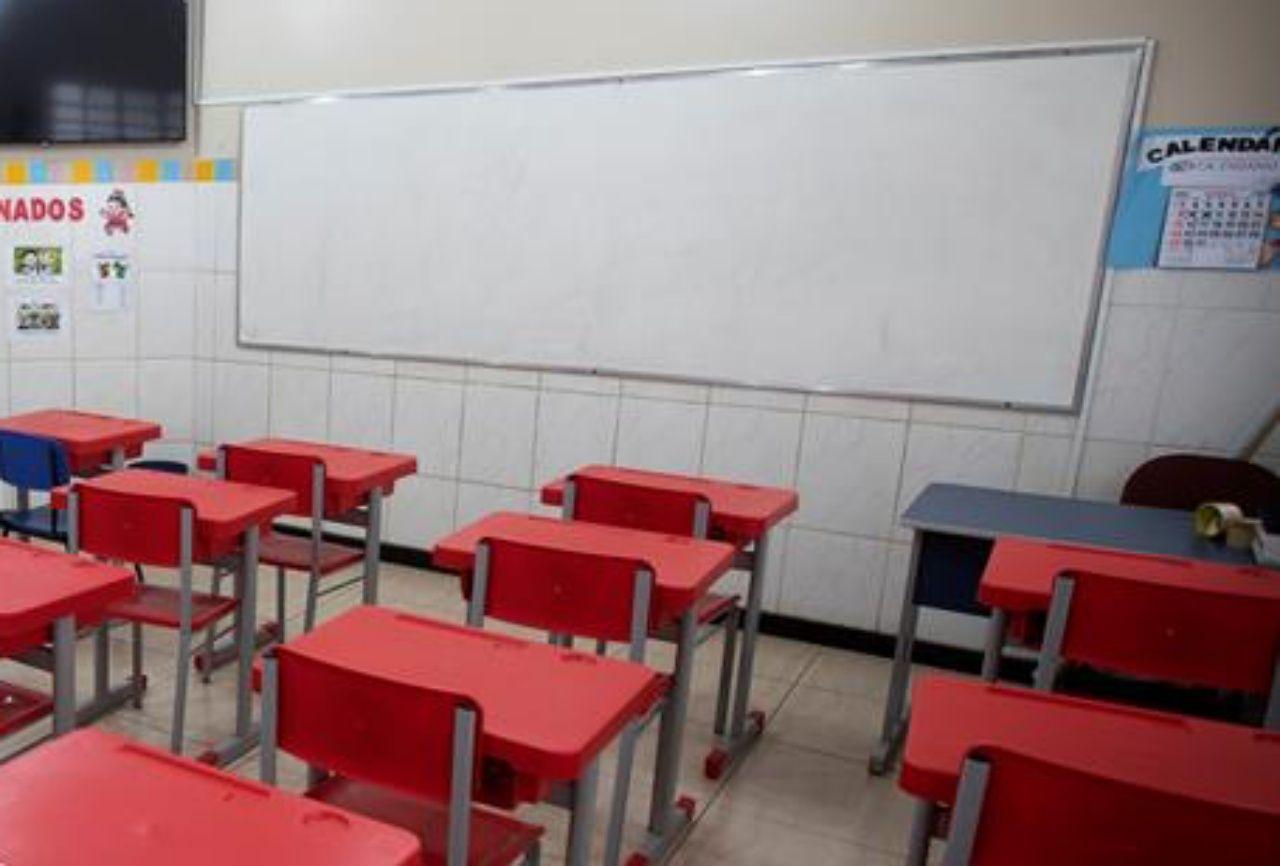 Cancelacion de clases y aprobado general