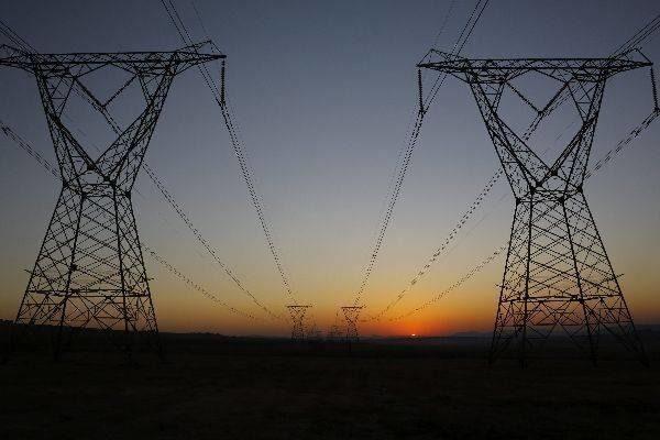 Crisis en el mercado energético tras la caída del sistema de previsión de la demanda