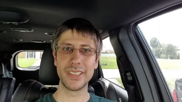 39 Year Old Youtube Star found dead in apartment