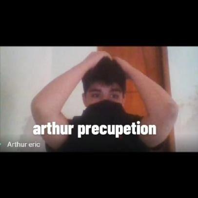 Arthur descobre que engravidou uma menina de 13 anos